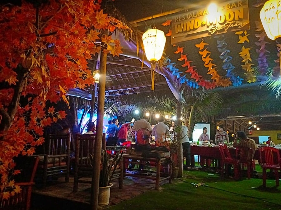 Wind moon beach restaurant and bar Hoi An