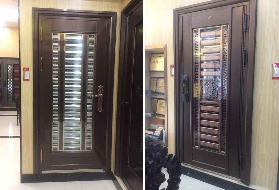 Cửa thép xi mạ - cửa thép có hoa văn bằng đồng